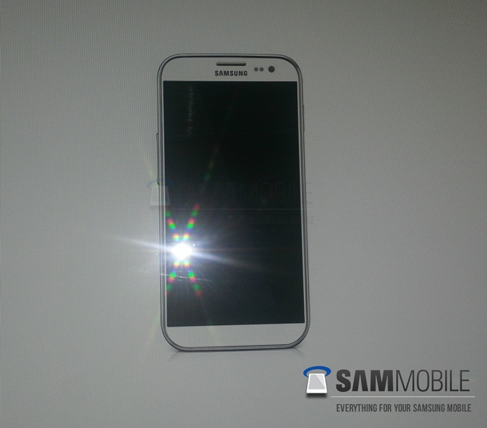 Samsung Galaxy S IV Leaked Shots